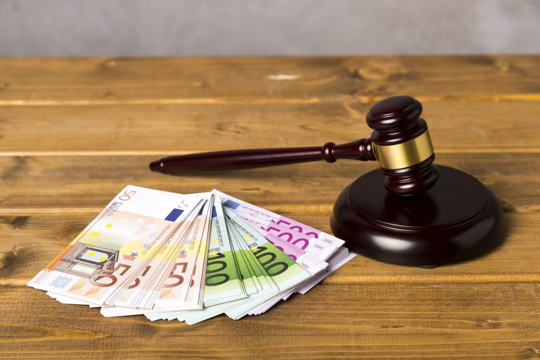 Klienti vkladali a ihneď vyberali desaťtisíce eur. Komunálna poisťovňa to nenahlásila, dostala pokutu