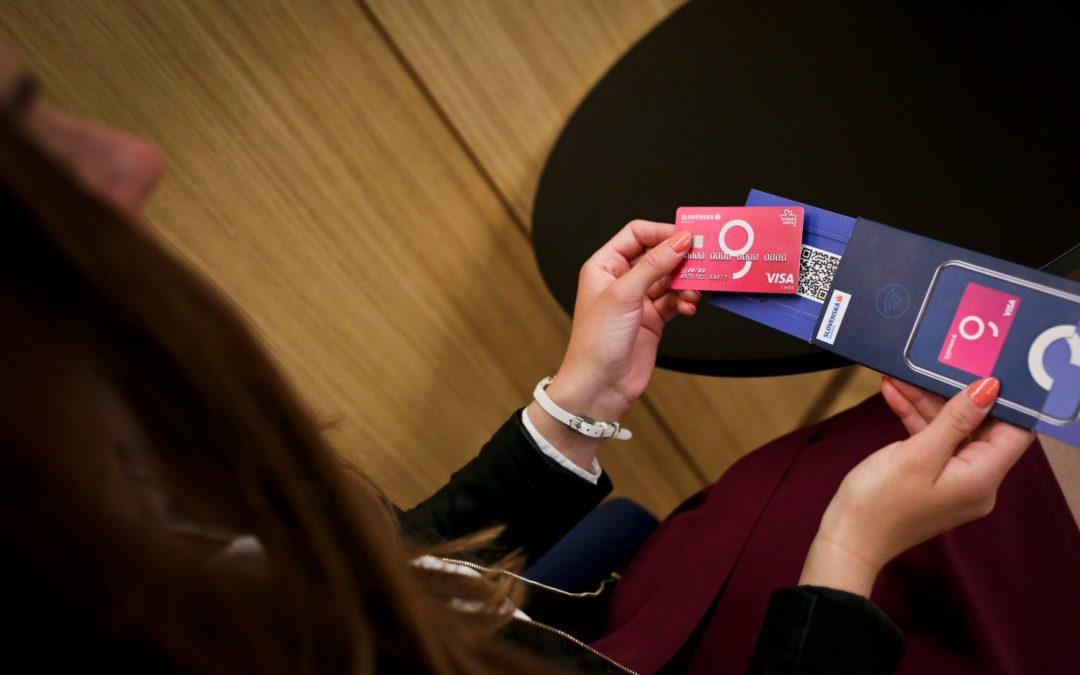 Sporiteľňa končí s kartami Mastercard. Všetkým klientom ich vymení za karty Visa