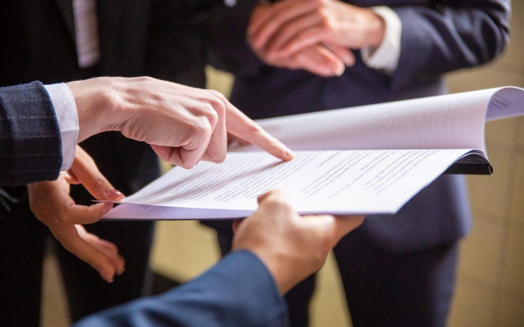 ZFP akadémia dostala pokutu 15-tisíc eur. Jej agenti platili klientom