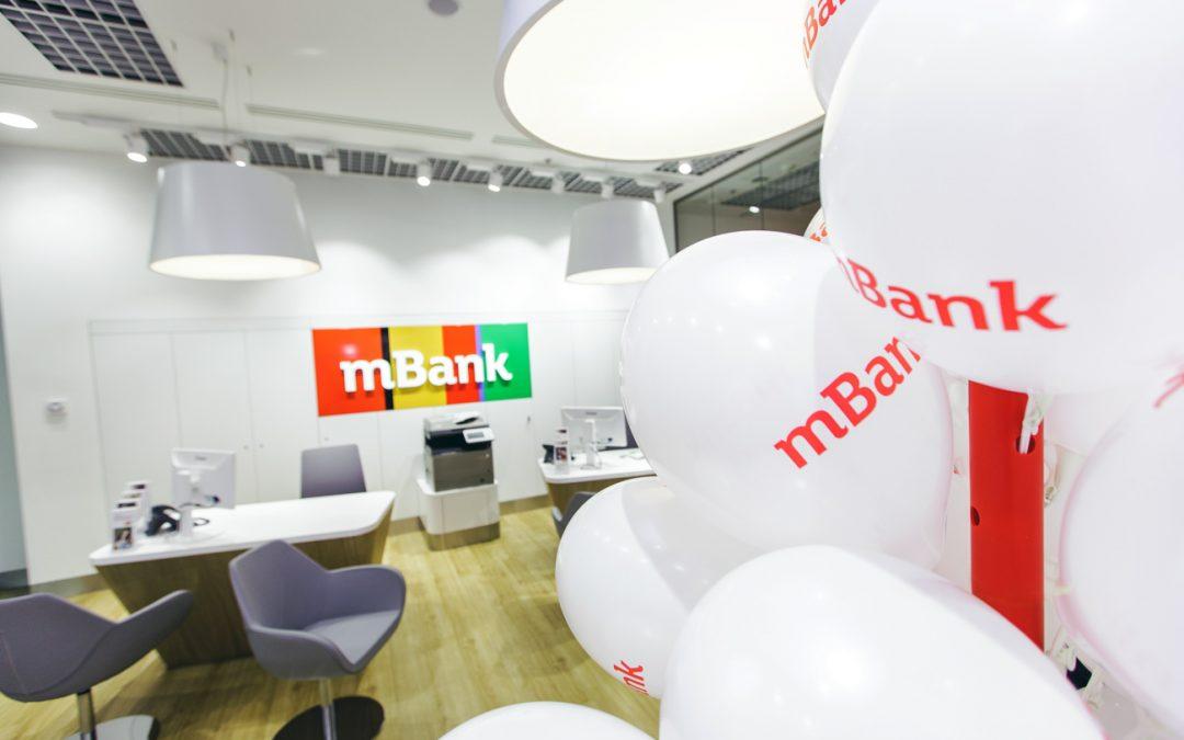 Zamestnanci na pobočkách mBank budú pracovať pre mFinanse