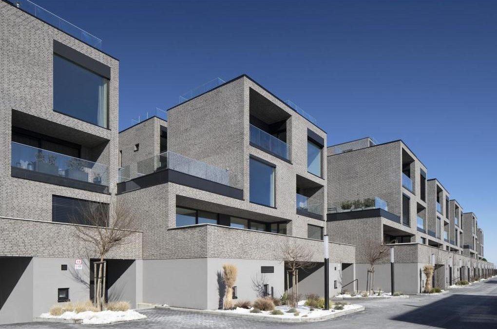 CE ZA AR 2021: O ceny za architektúru bojujú rodinný dom z humna aj byty na Kysuciach (+galéria)